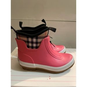 Burberry Kids Flinton Rubber Rain Boots